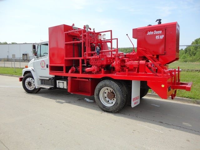 Pump Truck with Gaso Pump 5' X 10'